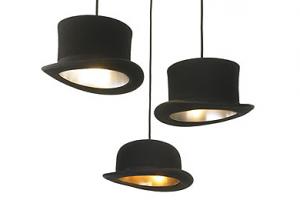 lampadario con cappelli
